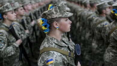 Ukrayna-Ordusu-390x220.jpg (19 KB)